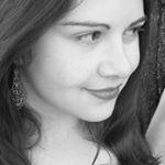 @authorrachelwoe Profile Image | Linktree