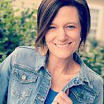 @devaneandco Profile Image   Linktree