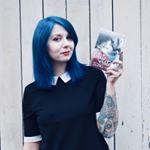 @justine_thereadingmermaid Profile Image   Linktree