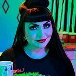 The Homicidal Homemaker (homicidalhomemaker) Profile Image | Linktree
